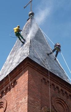 Leien dak reinigen
