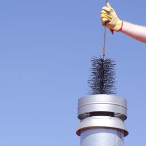 Schoorsteenveger prijs: kosten verschillende soorten reiniging